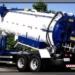 Caminhão tanque hidrojato